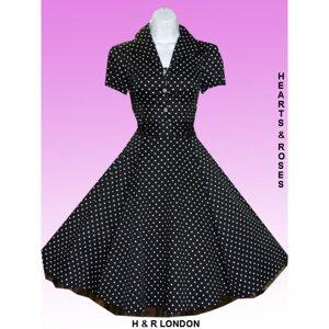 Svart klänning med små vita prickar Plus Size
